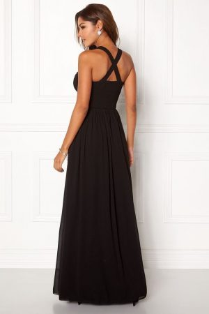 Snygg svart långklänning i chiffong