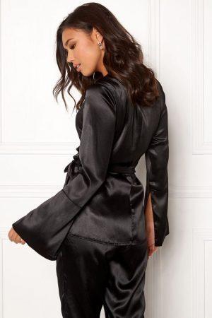 Snygg, glansig och mjuk kostymjacka