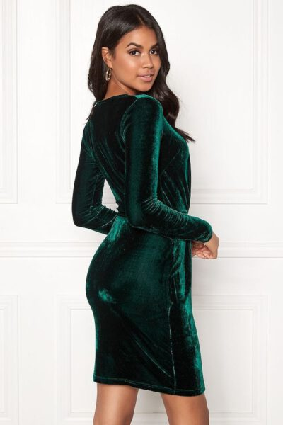 Mörkgrön sammetsklänning