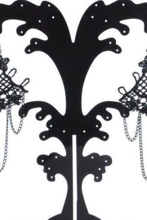 Trendiga svarta örhängen