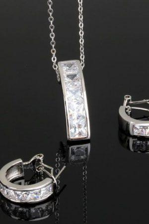 Halsband & örhängen i set