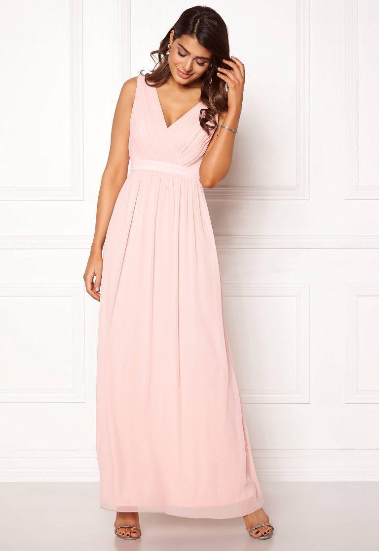 Ljusrosa balklänning i chiffong