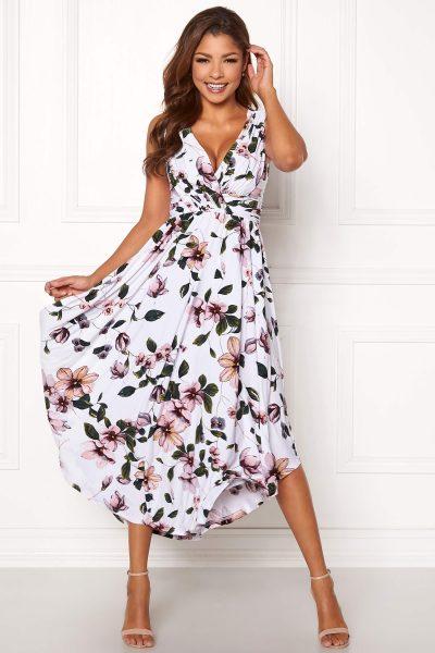Blommig festklänning