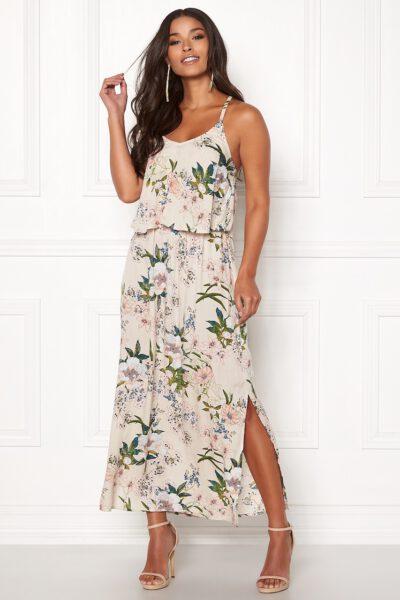 Köp blommig långklänning - TopLady